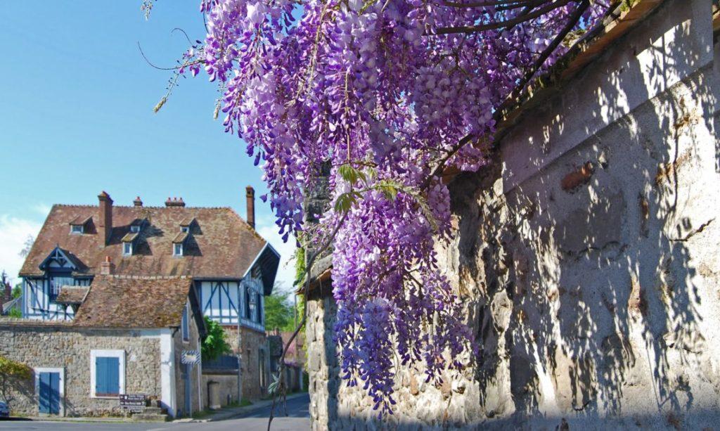 Barbizon Credit: https://www.lovelydestination.fr/le-petit-village-de-barbizon/