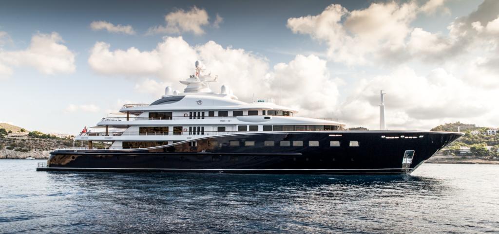 Aquila - Burgess Yacht