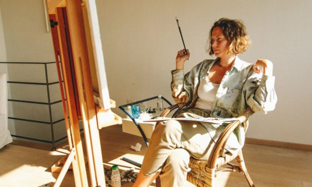 Emma Ferrer following her passion for art